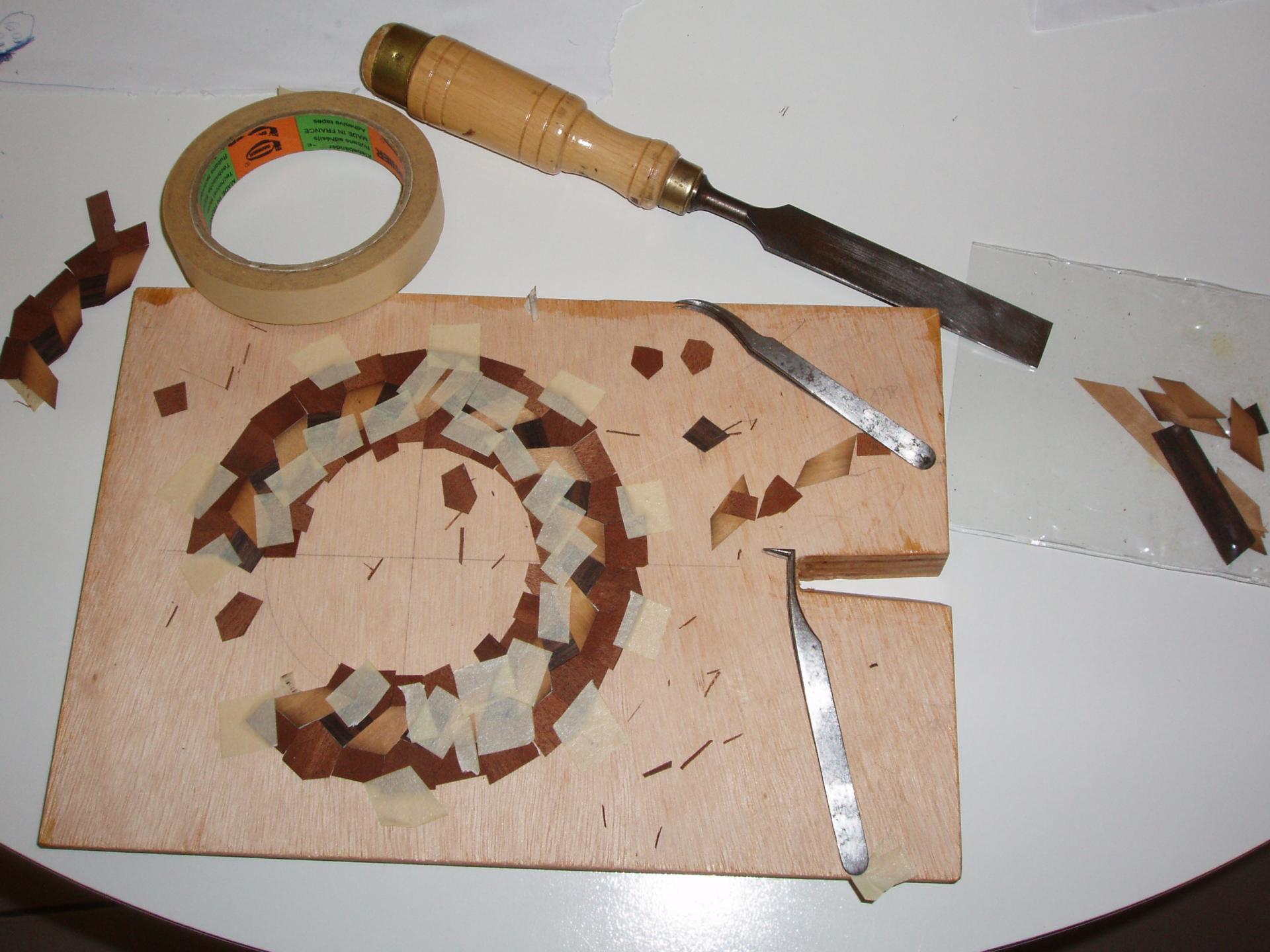 2- Assemblage des 80 pièces d'ébènes merisiers et d'érables