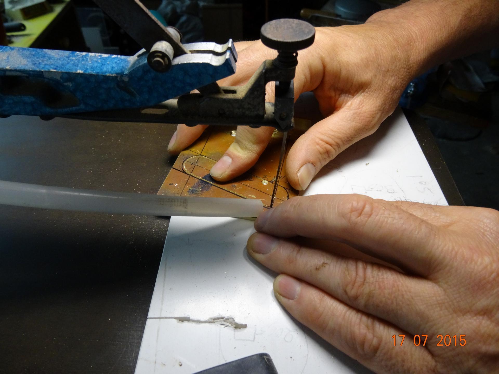 1- Découpe du cordier en laiton.